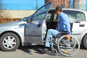 Arbeitslos mit Behinderung: Der Weg zu einer neuen Stelle ist oft steinig.