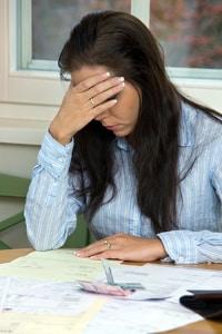 Wird neben dem Arbeitslosengeld in Teilzeit gearbeitet, kann der Anspruch verfallen.
