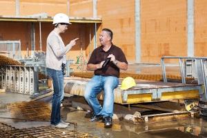 Die Vorschriften zu Arbeitssicherheit und Arbeitsschutz sind im Arbeitsschutzgesetz festgehalten.