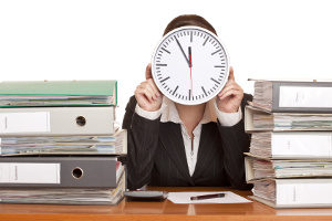 Sie müssen sich rechtzeitig arbeitssuchend melden.