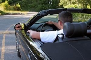 Auto leihen oder ein Darlehen beim Jobcenter beantragen?