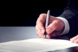 Auch gegen einen Bewilligungsbescheid können Sie bei Bedarf Widerspruch einlegen.