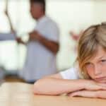 Trennung der Eltern: Mit der Düsseldorfer Tabelle kann der Unterhalt berechnet werden.