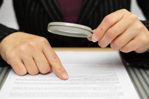 Nehmen Sie sich Zeit, um die Eingliederungsvereinbarung zu prüfen.