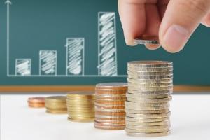 Die Höhe vom Arbeitslosengeld 1 kann in vier Schritten berechnet werden.