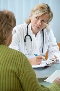 Private Krankenkasse bei Arbeitslosigkeit: Versicherte erhalten lediglich einen Zuschuss.