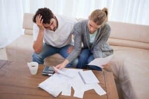 Entgegen der landläufigen Annahme haftet in der Regel bei einer Privatinsolvenz nur der Ehepartner, der das Verfahren angemeldet hat.