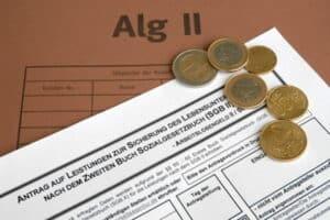 Ob Rentenanspruch und gleichzeitiger Arbeitslosengeldanspruch besteht, hängt von der Art der Rente ab
