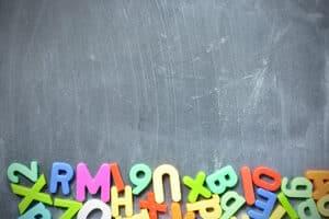 Die Umschulungsmöglichkeiten vom Arbeitsamt beinhalten auch Nachhilfeunterricht