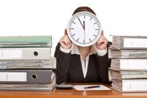 """Die Antwort auf die Frage: """"Was gehört zur Arbeitszeit?"""", liefert das Arbeitszeitgesetz."""