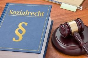 Das Widerspruchsverfahren steht vor der Klage beim Sozialgericht.